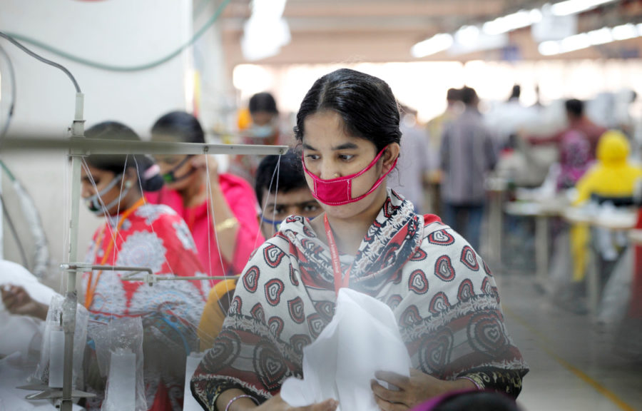 The conditions for employees in the clothing industry in Bangladesh are slowly improving due to, among other factors, strong-minded female factory workers who fight for better rights in the tough and ungrateful textile working industry.